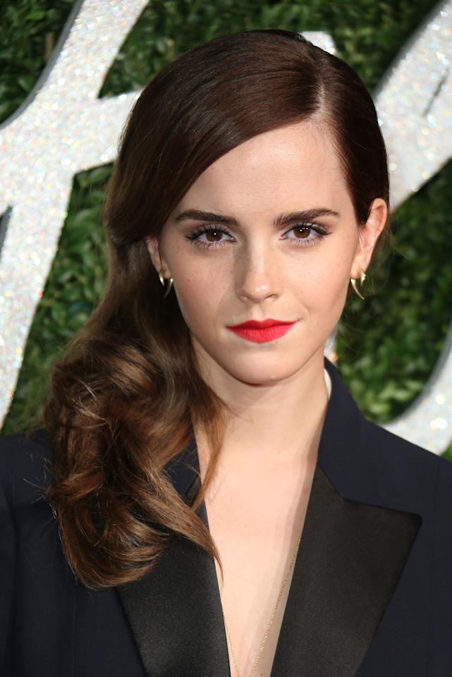 "<p>See how Emma Watson's upper lip has small peaks? They're a sign of what Hanner calls an ""itchy trigger finger"" personality—AKA someone who reacts super-quickly, and often lets words run away from them. Obviously, acting her way through several million <em>Harry Potter</em> films cured Watson of this, because she's one of the most eloquent players in the game.</p>"