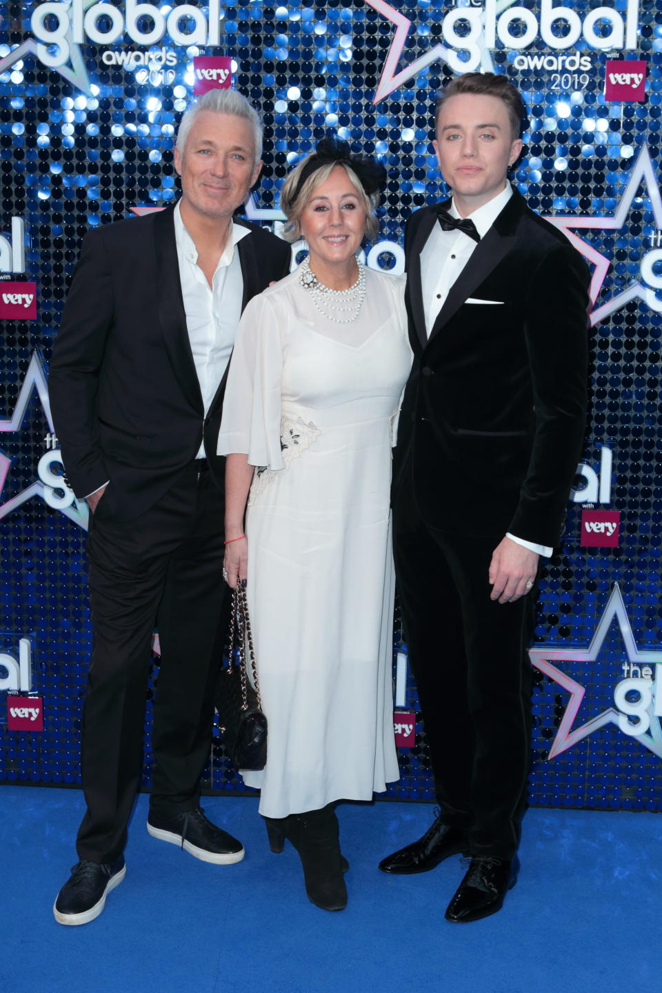 Martin Kemp, Shirlie Holliman and Roman Kemp arrives at the 2019 Global Awards art The Apollo Hammersmith. (Jamy / Barcroft Images via Getty Images)