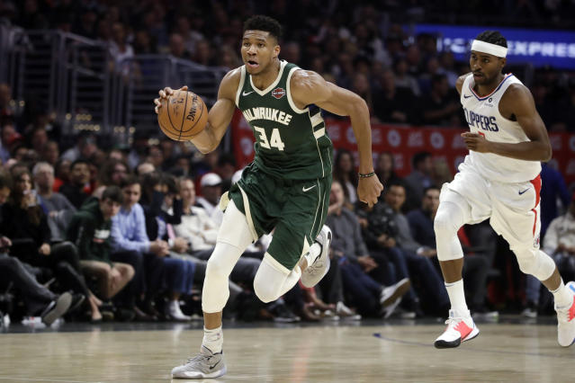Giannis Antetokounmpo dropped 38 points and 16 rebounds to lead the Bucks past the Clippers on Wednesday in Los Angeles. (AP/Marcio Jose Sanchez)