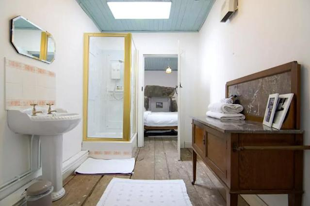<p>The bathroom is elegantly decorated. </p>