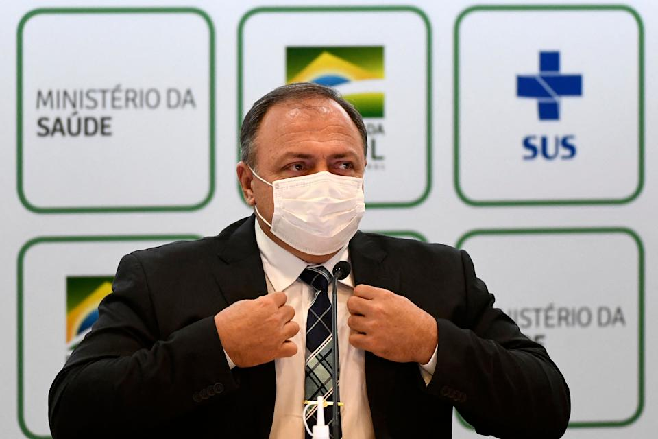 Brazilian Health Minister Eduardo Pazuello speaks during a press conference in Brasilia, on March 15, 2021. - Brazil faces a strong second wave amid teh COVID-19 pandemic, which is pushing public healthcare to the limit in several states. (Photo by EVARISTO SA / AFP) (Photo by EVARISTO SA/AFP via Getty Images)