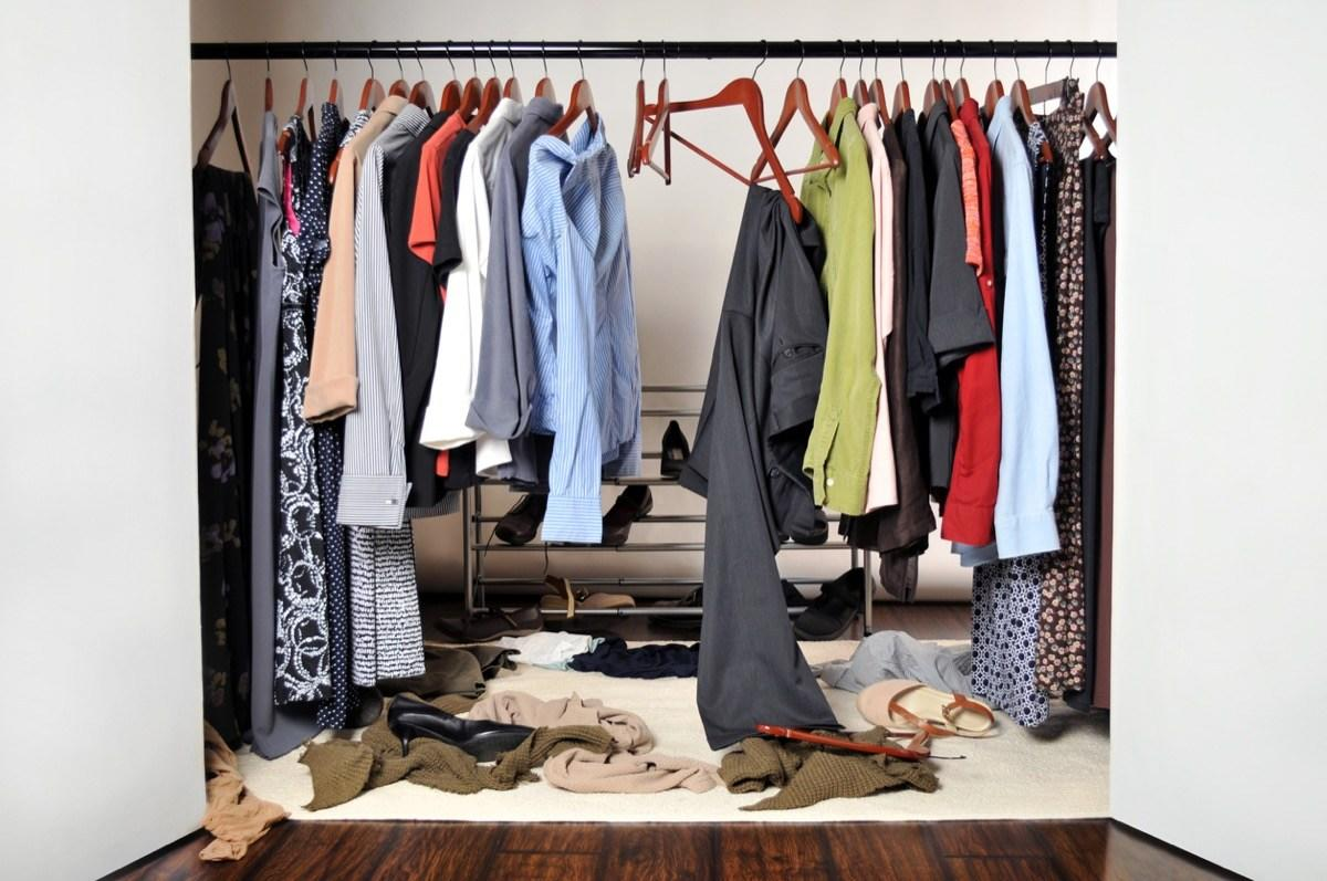 """We've all been there: You open up your closet to pick out something to wear for the day, and immediately feel like it's overflowing with clothes that don't fit, don't suit you, or that you just don't want anymore. The solution seems simple: get rid of them. But giving away clothing can be surprisingly difficult, even when you know you'd be better off without certain items. While some pieces may come with an emotional attachment that makes them difficult to ditch, they're likely better off in that donation bin than weighing you down. Want to know what to get rid of once and for all? Here are all the clothing items you should clean out of your closet—stat!      <div class=""""number-head-mod number-head-mod-standalone"""">         <h2 class=""""header-mod"""">                     <div class=""""number"""">1</div>             <div class=""""title"""">The """"investment piece"""" you don't love anymore</div>                     </h2>     </div>"""
