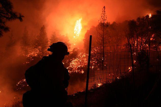 The Dixie fire pictured on August 27 (Photo: Anadolu Agency via Getty Images)