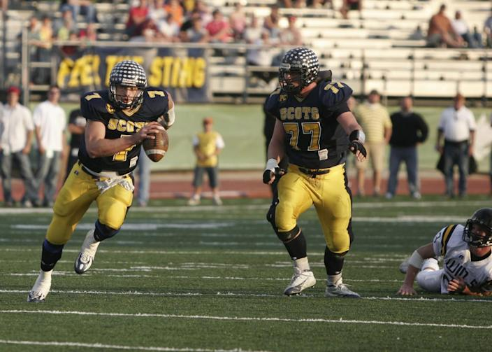 Highland Park High's Matthew Stafford finds plenty of room to run during a game in 2005.