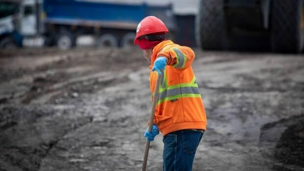 The pandemic has left a shortage of workers on job sites and the current increase in cases in Nova Scotia has only made it worse. (CBC News - image credit)