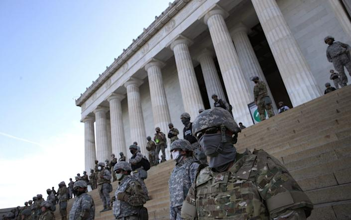 National Guard on steps of Lincoln memorial, June 2, 2020 - Win McNamee /Getty Images North America