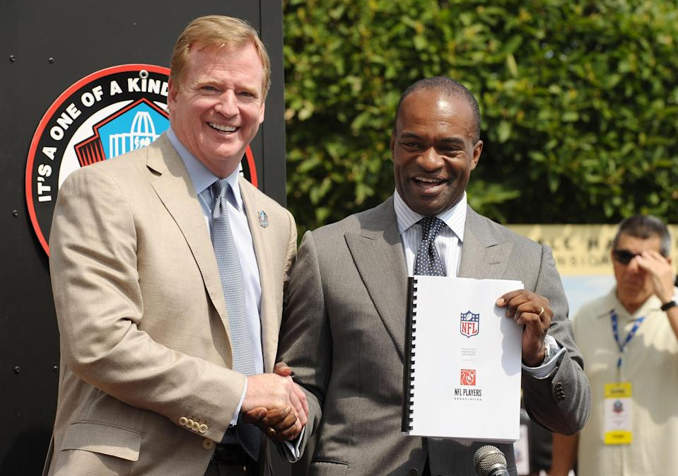 Roger Goodell DeMaurice Smith