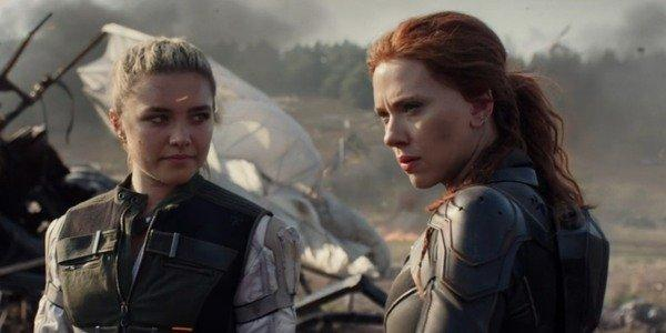 Florence Pugh and Scarlett Johansson in
