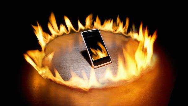 GTY smartphone fire jt 140201 16x9 608 Student Injured After iPhone Bursts Into Flames in Pants Pocket