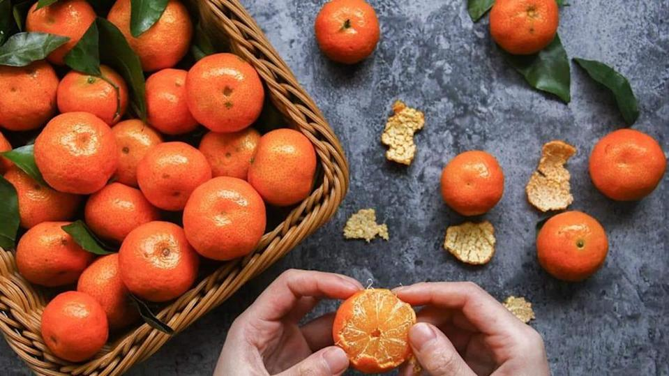 Some DIY orange packs that can fix several skin issues