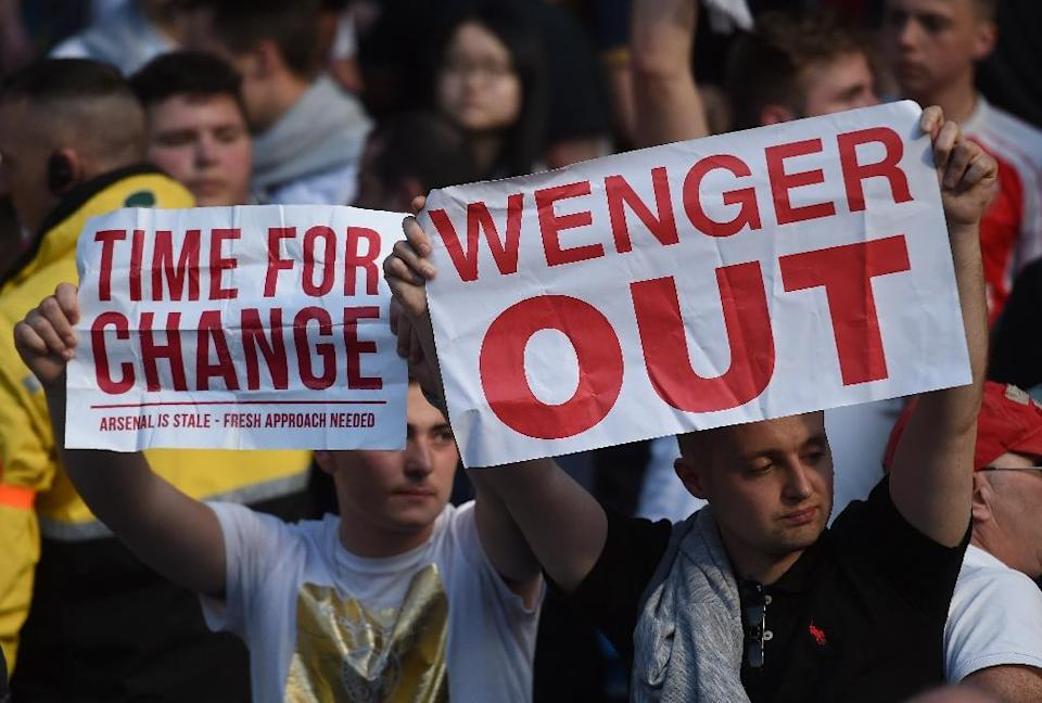 Arsenal fans grew increasingly frustrated with a 14-year wait to win the Premier League (AFP Photo/PAUL ELLIS )