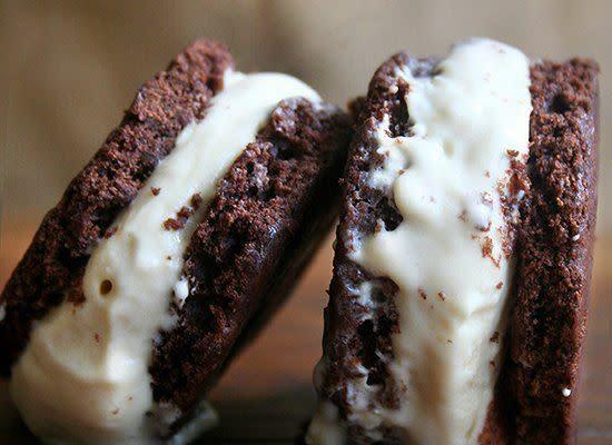 """Butterscotch ice cream and chocolate brownie makes for one tasty ice cream sandwich. After one bite, you'll never be able to eat store bought again. <strong>Get the <a href=""""http://www.alexandracooks.com/2012/06/07/butterscotch-budino-ice-cream/"""" rel=""""nofollow noopener"""" target=""""_blank"""" data-ylk=""""slk:Butterscotch Budino Ice Cream Sandwich recipe"""" class=""""link rapid-noclick-resp"""">Butterscotch Budino Ice Cream Sandwich recipe</a> by Alexandra Cooks</strong>"""