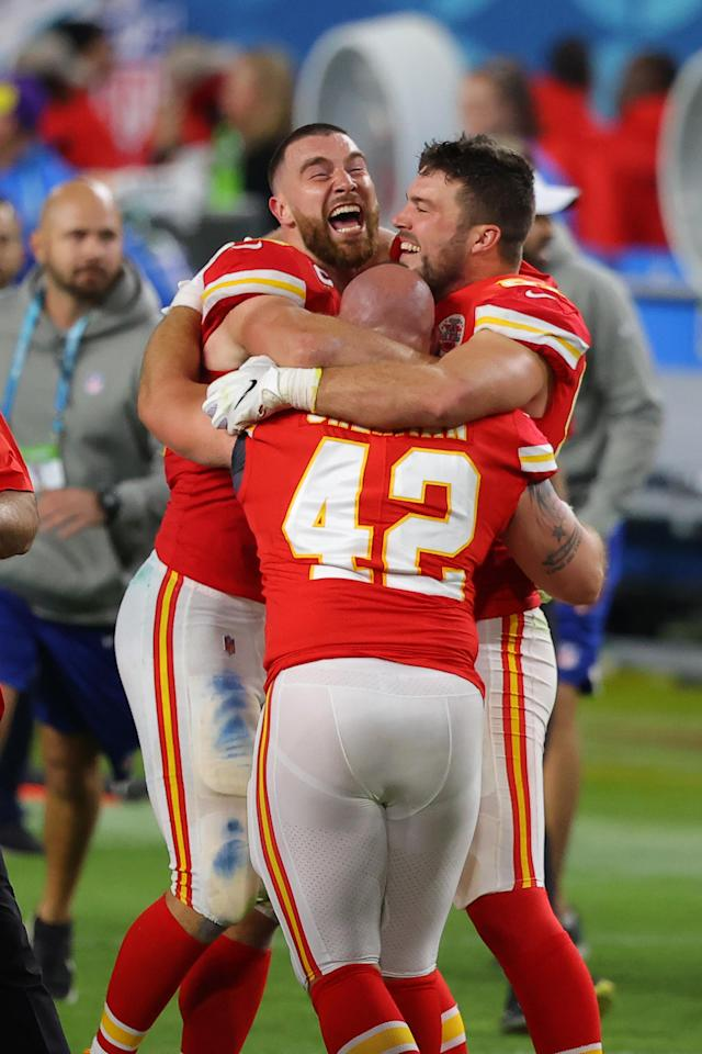MIAMI, FLORIDA - FEBRUARY 02: The Kansas City Chiefs celebrate after defeating the San Francisco 49ers in Super Bowl LIV at Hard Rock Stadium on February 02, 2020 in Miami, Florida. (Photo by Ronald Martinez/Getty Images)