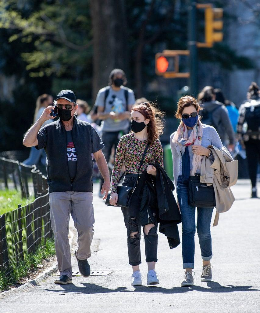 NEW YORK, NEW YORK – APRIL 06: Visitors to Central Park wear masks in the spring sun on April 06, 2021 in New York City. After undergoing various shutdown orders for the past 12 months the city is currently in phase 4 of its reopening plan, allowing for the reopening of low-risk outdoor activities, movie and television productions, indoor dining as well as the opening of movie theaters, all with capacity restrictions. (Photo by Roy Rochlin/Getty Images)