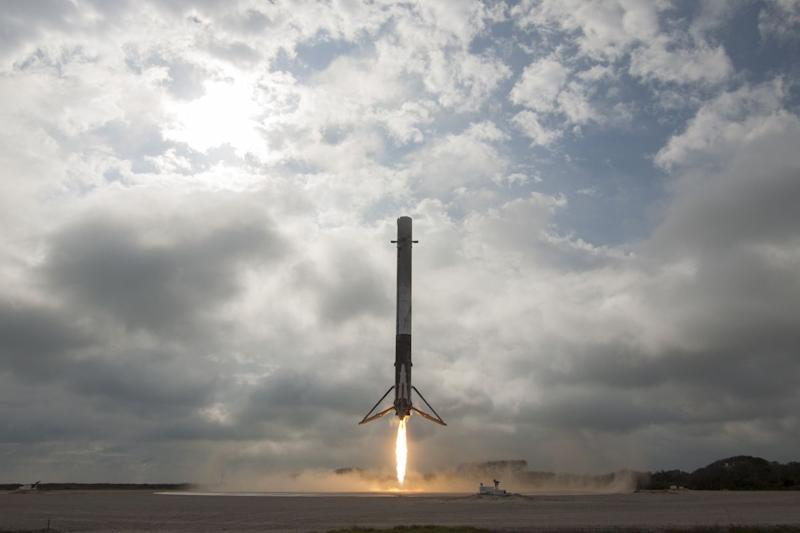 Musk Touts SpaceX Rocket Built to Be Reused at Least 10 Times