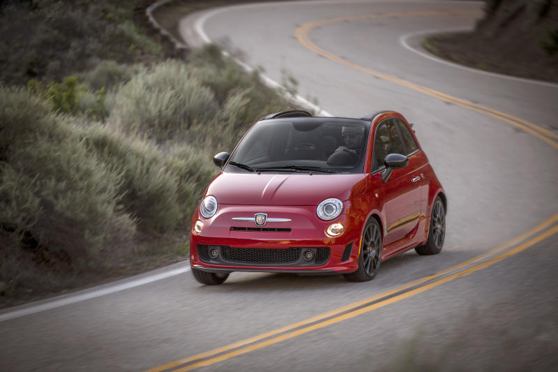 Fiat 500 Abarth Cabrio is a hard charger