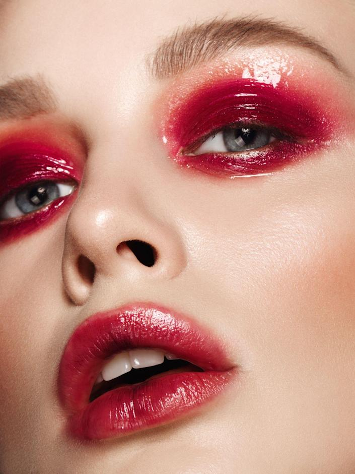 """<p>In the age of 10,000 renaissances (See: mullets, shags, <em>Twilight</em>, and streaky highlights), here's one most of my pals in the beauty world weren't expecting: Clinique's lipstick in Black Honey. It's a phenomenal product on so many fronts: It's creamy, has a gorgeous sheen, works on every skin tone, and makes it look like you just ate a whole bag of cherries. But for you guys to make it sell out <em>everywhere</em>? That's a twist. And who do we have to thank for the viral sensation? None other than TikTok <em>Lord of the Rings</em> <a href=""""https://www.tiktok.com/@shanniedarko_?_d=secCgYIASAHKAESPgo8rl4mZaKW%2BkBkz%2FKx5LgTvH%2Bs2bkzuMKQcpu7np2xUnFj5EFK17sYrBY%2Bd3Lrt5kVaQt84aDeObxXXOkzGgA%3D&checksum=6bcb96c36a296f03fcab989d0edb27473bfe47a2d214ac310b8acda622846e68&language=en&preview_pb=0&sec_user_id=MS4wLjABAAAABz3wlvQ9H0UbrPH-3ntpVdUVHriipOlUCmXDP7Agclb0CCTbOiOi_pxnZAF5387W&share_app_id=1233&share_item_id=6979722136579558661&share_link_id=B28B3F2B-8EC3-4793-AC13-F9D223CD03A3&source=h5_m×tamp=1631829968&tt_from=copy&u_code=d9653j0617c417&user_id=6755635208429274117&_r=1"""" rel=""""nofollow noopener"""" target=""""_blank"""" data-ylk=""""slk:superfan"""" class=""""link rapid-noclick-resp"""">superfan</a> who discovered that Liv Tyler wore the lipstick in the movies. Cue millions upon millions flying to beauty stores trying to get their hands on one.</p><p>No brag, but I used this particular shade back in the day when it was available pretty much everywhere, so the idea that now I'm fighting against 12 year-olds on TikTok to get my hands on one irks me. But while we're patiently awaiting a restock, let me just share some insight that comes with age: As good as the product is, there are dupes that will make you feel silly for putting your name down on a mile-long waiting list. Below, find the best Black Honey dupes that will make all your TikTok famous friends sad they didn't snag one when they had the chance. </p>"""