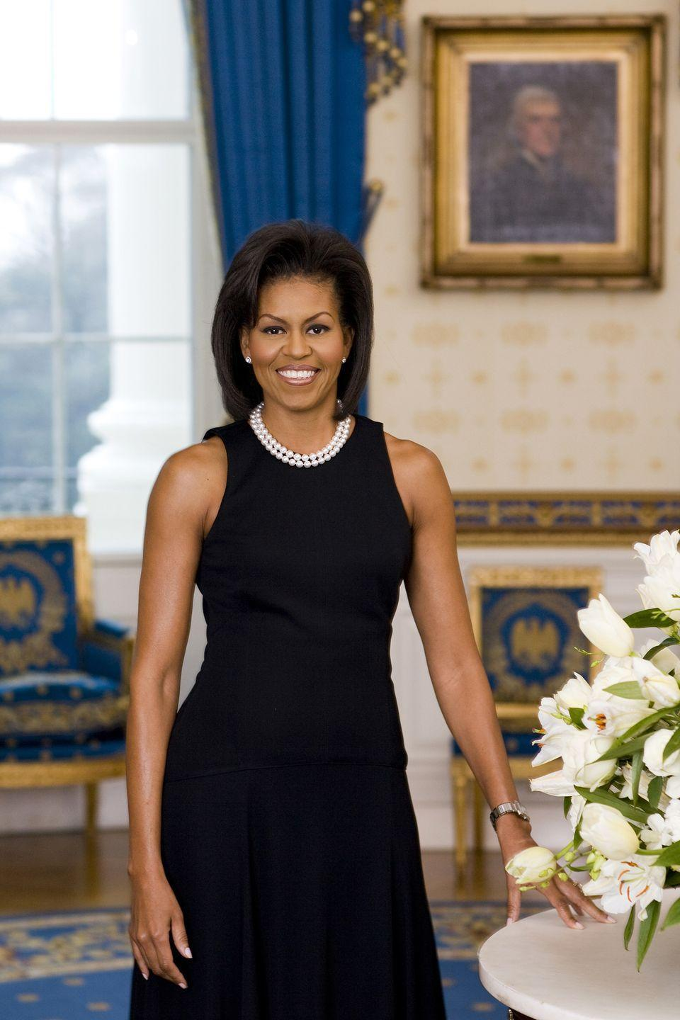 "<p>Michelle Obama didn't wear sleeves in her 2008 White House portrait, and people <a href=""http://abcnews.go.com/GMA/story?id=6986019&page=1"" rel=""nofollow noopener"" target=""_blank"" data-ylk=""slk:lost it"" class=""link rapid-noclick-resp"">lost it</a>— calling it ""too informal"" and ""out of season."" </p>"