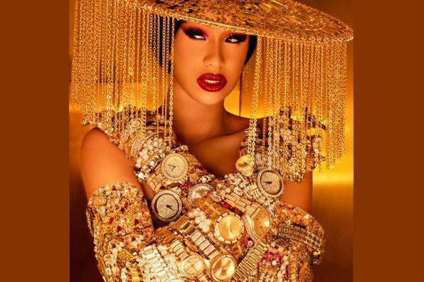 #BoobsOutForCardi Trends Afer Cardi B's Nude Leak as Fans Go Topless in Support & it Reminds us of Her Billboard Music Awards Red Carpet 'Wardrobe Malfunction' Fiasco