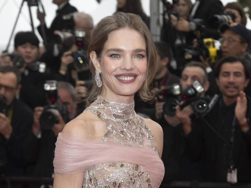 Natalia Vodianova raises money for her charity at Cannes gala
