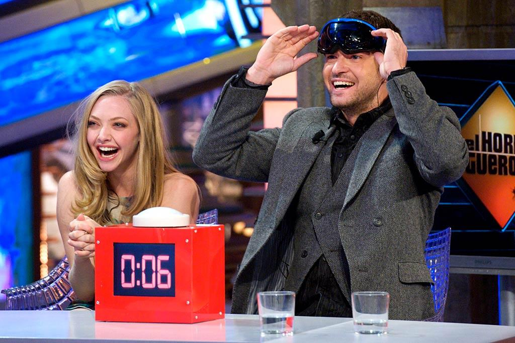 """In Time"" stars Amanda Seyfried and Justin Timberlake had a grand old time Monday on the ""El Hormiguero"" TV show in Spain. No matter which celebs are on the program, they always look like they're having much more fun than on any American talk show! What's the secret? (11/28/2011)"