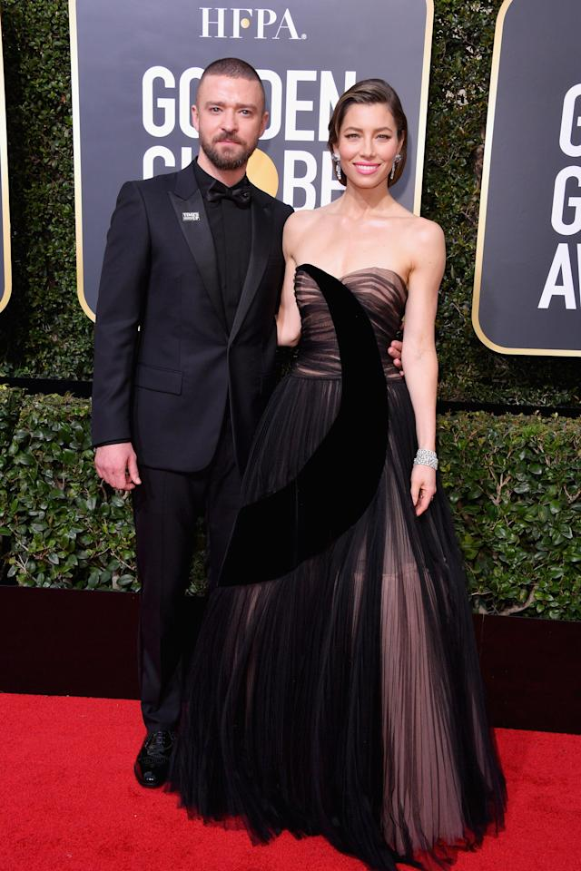 <p>We love how Jess and JT can't stop gushing about each other on the red carpet. Aww...</p>