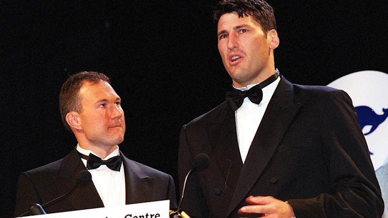 Clinton Grybas, pictured here with John Eales at the 2000 Australian Sports Awards.