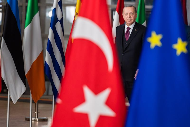 Erdogan Wants Istanbul Summit to Reboot Refugee Deal With EU