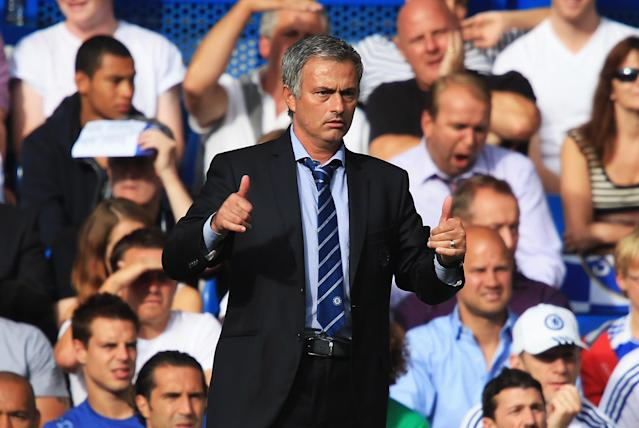 LONDON, ENGLAND - AUGUST 18: Chelsea manager Jose Mourinho gives the thumbs up during the Barclays Premier League match between Chelsea and Hull City at Stamford Bridge on August 18, 2013 in London, England. (Photo by Richard Heathcote/Getty Images)