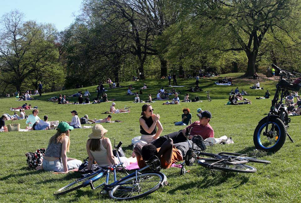 NEW YORK, NY - MAY 02: New Yorkers congregate in Prospect Park during nice weekend weather as social distancing guidelines remain in place to limit the spread of coronavirus on May 2, 2020 in New York City. (Photo by Yana Paskova/Getty Images)