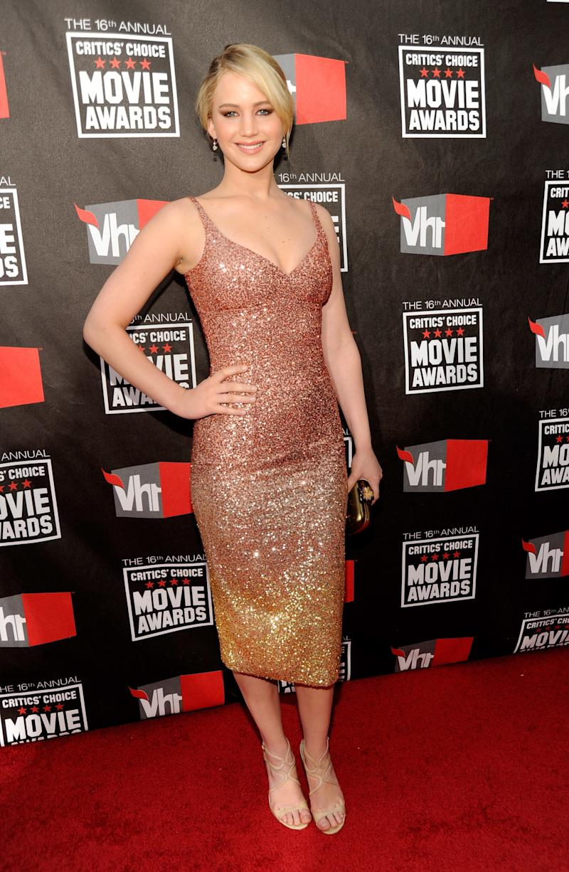 Wearing a fitted ombre sequin midi dress, Lawrence looked feminine and sexy while at the 2011 Critics Choice Movie Awards in Los Angeles, California.