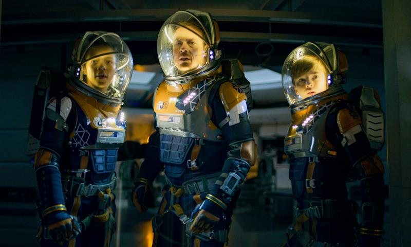 Taylor Russell, Toby Stevens, Maxwell Jenkins in Lost in Space series 2 (Courtesy of Netflix)