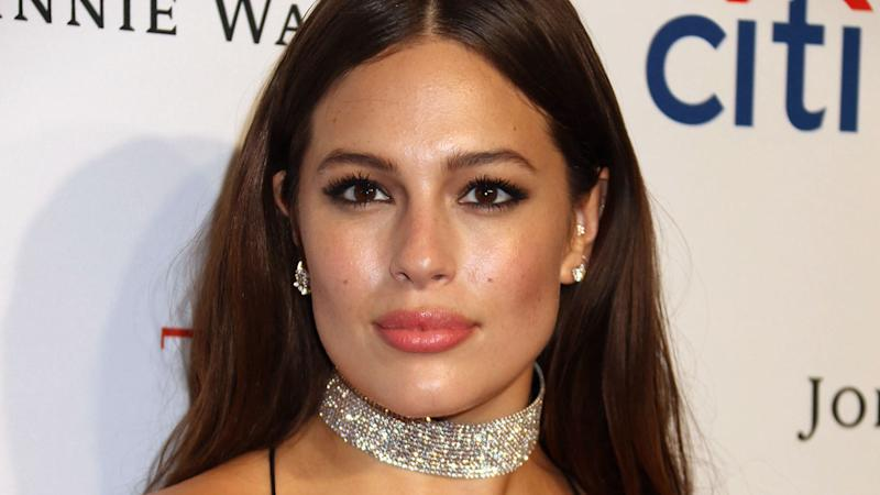 Body Positivity: Ashley Graham setzt nackiges Statement