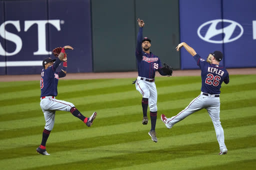 Twins hit 3 homers, slow down White Sox with 5-1 win