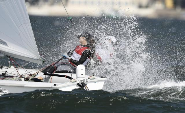 2016 Rio Olympics - Sailing - Final - Women's Two Person Dinghy - 470 - Medal Race - Marina de Gloria - Rio de Janeiro, Brazil - 18/08/2016. Anne Haeger (USA) of USA and Briana Provancha (USA) of USA compete. REUTERS/Benoit Tessier FOR EDITORIAL USE ONLY. NOT FOR SALE FOR MARKETING OR ADVERTISING CAMPAIGNS.