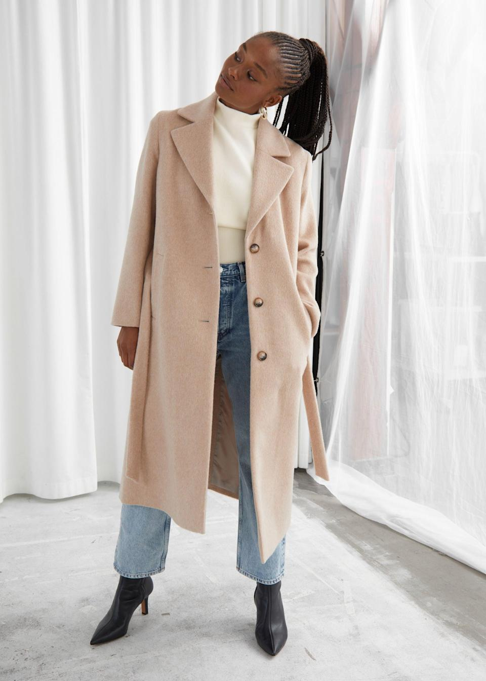 "<br><br><strong>& Other Stories</strong> Oversized Alpaca Blend Coat, $, available at <a href=""https://go.skimresources.com/?id=30283X879131&url=https%3A%2F%2Fwww.stories.com%2Fen_usd%2Fclothing%2Fjackets-coats%2Fwoolcoats%2Fproduct.oversized-alpaca-blend-coat-beige.0298475001.html"" rel=""nofollow noopener"" target=""_blank"" data-ylk=""slk:& Other Stories"" class=""link rapid-noclick-resp"">& Other Stories</a>"