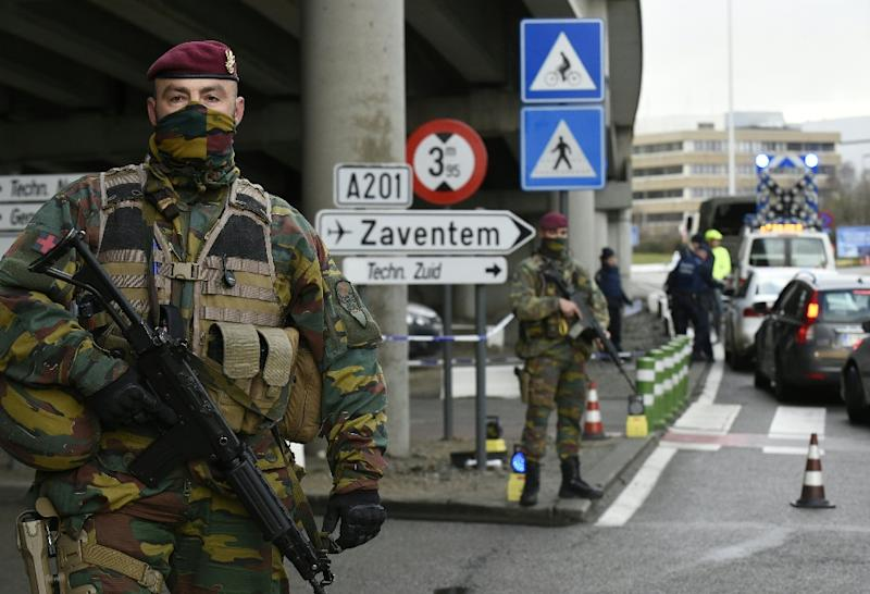 Belian soldiers guard the entrance to Zaventem airport in Brussels (AFP Photo/John Thys)