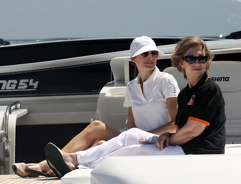 Spain's Princess Letizia (L) and Queen Sofia watch the third day of racing in the Copa del Rey regatta off the coast of Palma de mallorca on July 30, 2008. The Royal Family are spending their traditional summer holidays at the Marivent Palace on the island. AFP PHOTO/ Jaime REINA (Photo credit should read JAIME REINA/AFP/Getty Images)