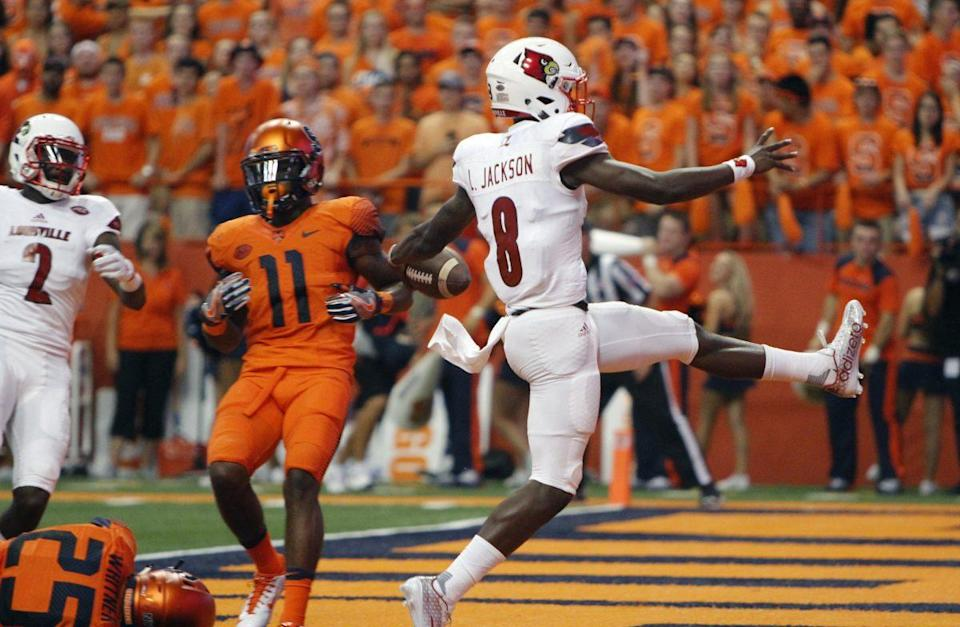 Jackson high-steps into the end zone for a touchdown in the first quarter vs. Syracuse. (AP Photo)
