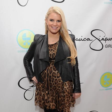 Jessica Simpson 'really happy'