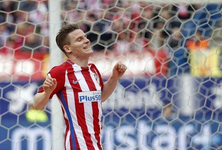 Football Soccer - Atletico Madrid v Valencia - Spanish La Liga Santander - Vicente Calderon Stadium, Madrid, Spain,  5/3/17  Atletico Madrid's Kevin Gameiro reacts.  REUTERS/Javier Barbancho