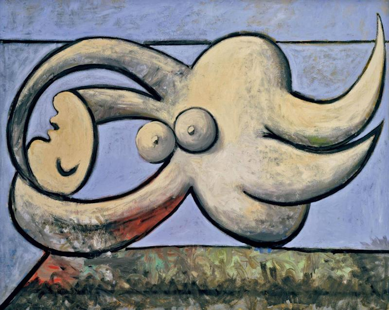 Pablo Picasso 'Reclining Nude' (Femmenue couchée), 1932, private collection (© Succession Picasso/DACS London, 2017)