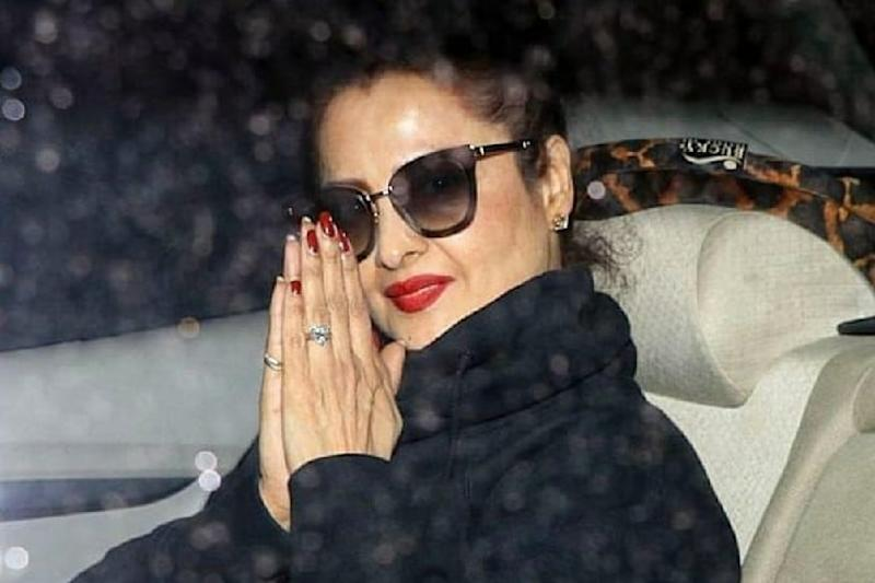 Rekha's Bungalow Sealed After Security Guard Tests Covid-19 Positive