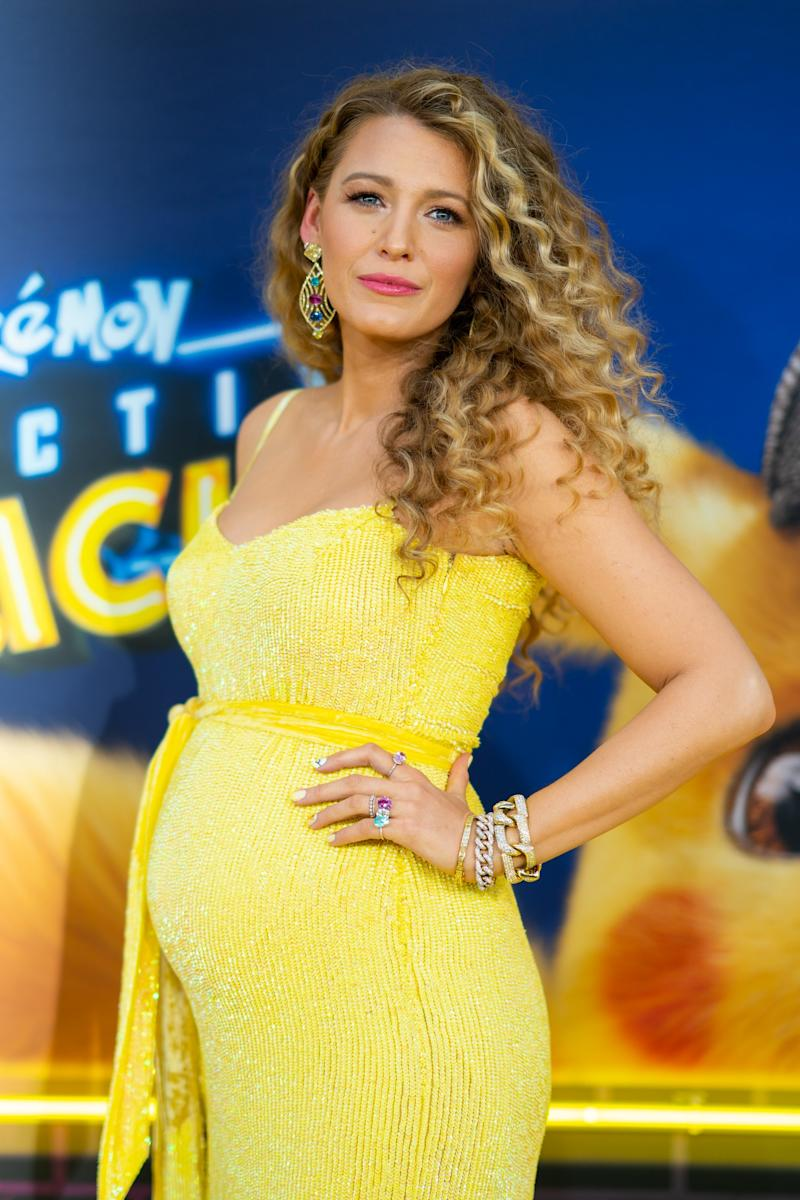 77ba78315ae83 NEW YORK, NEW YORK - MAY 02: Blake Lively attends the 'Pokeman Detective