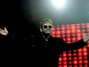 Legende mit ungebrochener Power: Elton John würdigt George Michael in der Lanxess Arena