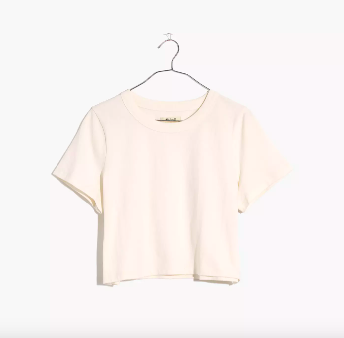 """<p><strong>madewell</strong></p><p>madewell.com</p><p><strong>$45.00</strong></p><p><a href=""""https://go.redirectingat.com?id=74968X1596630&url=https%3A%2F%2Fwww.madewell.com%2Fsupercrop-tee-NA408.html&sref=https%3A%2F%2Fwww.harpersbazaar.com%2Ffashion%2Ftrends%2Fg36721962%2Fbest-plus-size-crop-tops%2F"""" rel=""""nofollow noopener"""" target=""""_blank"""" data-ylk=""""slk:Shop Now"""" class=""""link rapid-noclick-resp"""">Shop Now</a></p><p>A simple white cropped tee is an easy entry point into the style.</p>"""