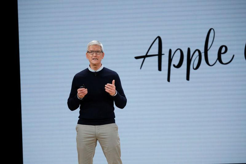 Apple CEO Tim Cook at the debut of the company's new iPad in Chicago. (Image: Reuters/John Gress)