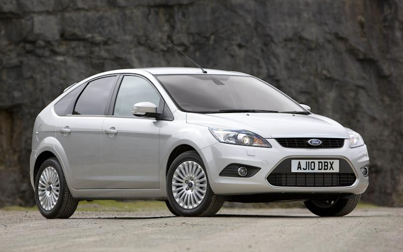 Ford Focus 5dr (2010)