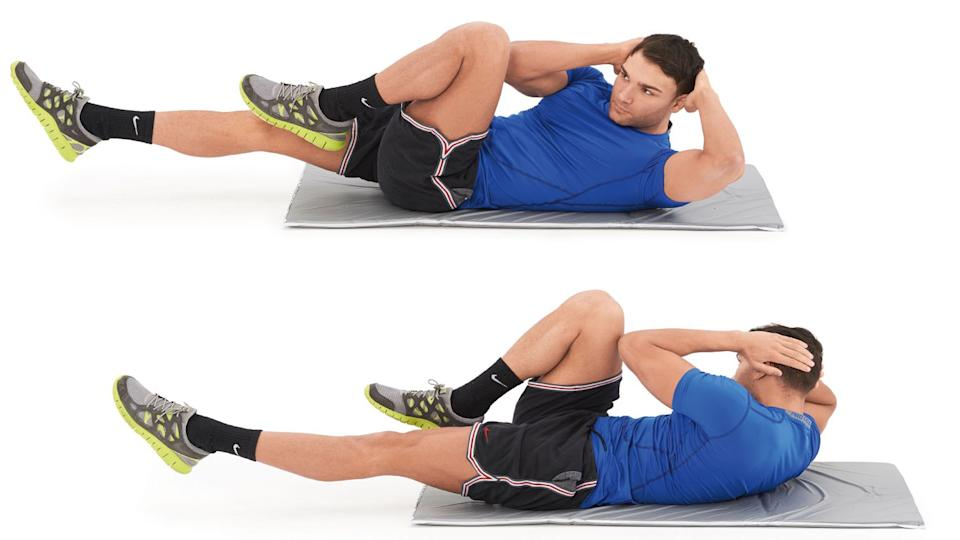 Man doing bicycle crunch ab exercise