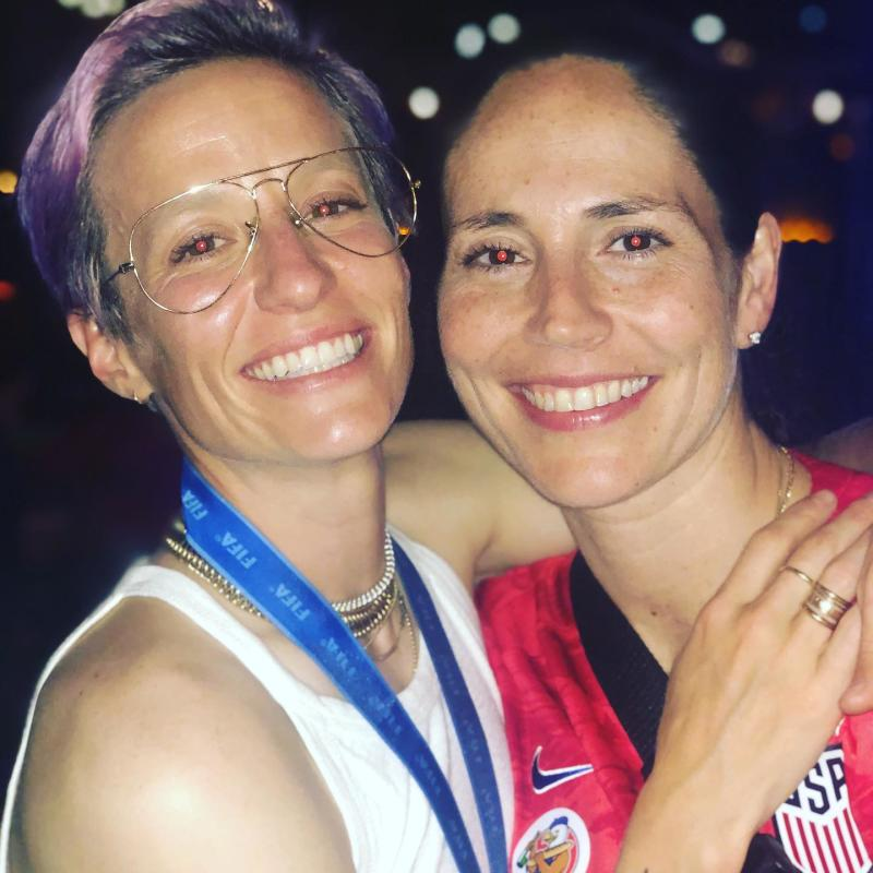 Megan Rapinoe poses for a photo with her girlfriend, WNBA star Sue Bird, after the USWNT historic national team. (Credit: Megan Rapinoe/Instagram)